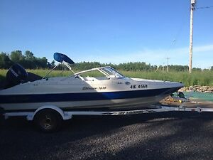 2004 boat motor and trailer bow rider/pleasure craft boat