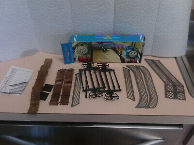 Hornby Railway Thomas and Friends Footbridge Kit R232 HO/OO