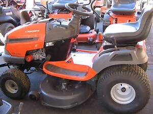Second hand Husqvarna LTH2142 ride on mower Richmond Hawkesbury Area Preview