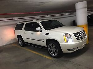 Cadillac Escalade fully loaded 2007