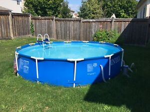 12 foot pool with pump