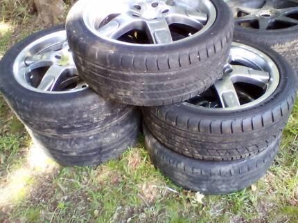 "18"" holden commodore wheels"