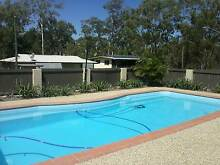 SHARE 4BRM HOUSE WITH LARGE POOL Gladstone Gladstone City Preview