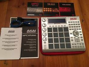 AKAI MPC STUDIO (SILVER) GREAT CONDITION HARDLY USED SAMPLER Beaumont Hills The Hills District Preview