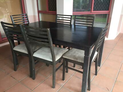 Quick Sale Dining Table And Chairs