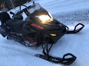 2015 Skidoo Renegade Backcountry X 800