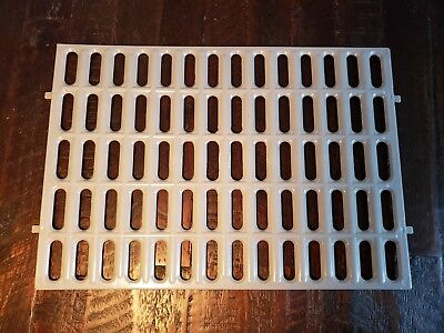 Plastic Resting Floor Mat for Rabbits or Small Animal, No More Sore Feet! , used for sale  Shipping to Canada