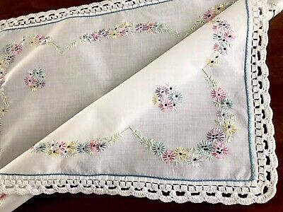 VINTAGE HAND EMBROIDERED CROCHET WHITE Cotton TABLE CENTRE TROLLEY CLOTH 16x20""
