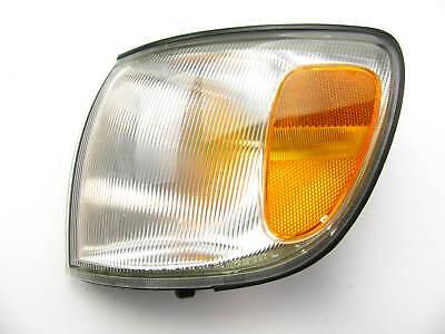 1998-2000 Sienna L.H Side Marker Corner Parking Light Turn Signal Driver Left LH