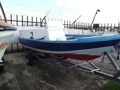 """Fishing / Speed Boat for sale 17' x 5' 6"""" approx. with a 55 hp engine"""