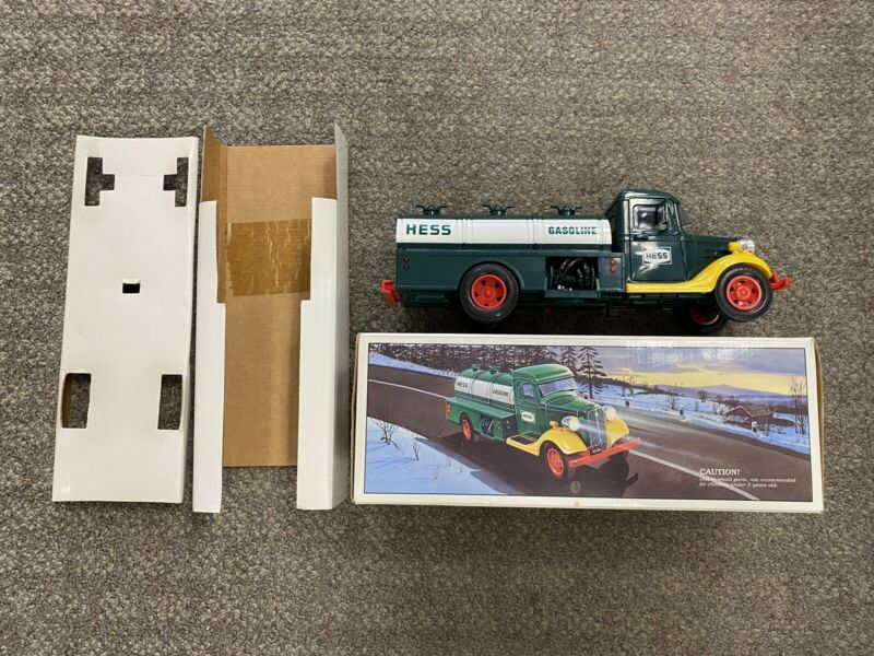 + HESS 1985 Battery Operated Amerada First Hess Truck Toy Bank w Box - Lights Up