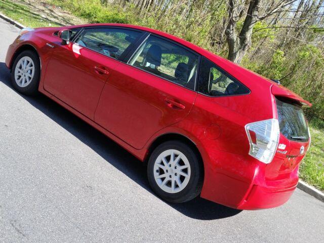 Imagen 1 de Toyota Prius V 1.8L…