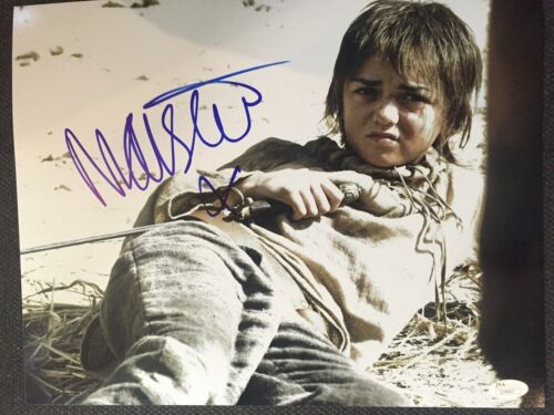 Game of Thrones Maisie Williams Autographed Signed 11x14 Photo JSA COA B