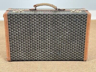 Malles Goyard Vintage Rare Chevron Shoe Suitcase Trunk Luggage Clean Interior