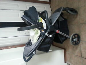 PRICE REDUCE eddie bauer stroller and carseat and base 230 firm