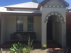 Room to Rent - Hamilton, Nr Beaumont St, Transport. Girls Only Hamilton Newcastle Area Preview