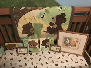 Bees and Bears Crib set
