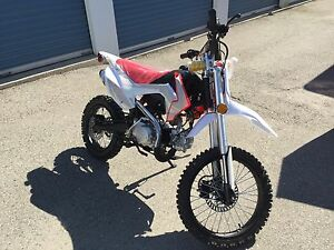 Xmotos Dirt Bike - Brand new