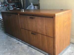 Filing Cabinet with 2 Drawers & Shelves