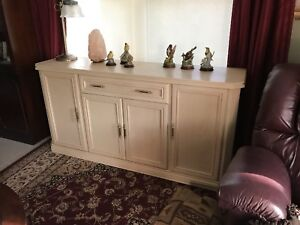 Sideboard/Entertainment stand