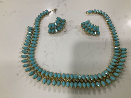 Vintage turquoise necklace clip on earrings