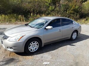 2012 Nissan Altima ... new MVI