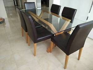 Glass top dining table Wollongong Wollongong Area Preview