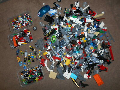 GENUINE LEGO 1.75KG MIXED MODERN PARTS AND PIECES WITH MINIFIGURES/ACCESSORIES