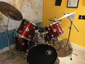 7 piece RB drum kit with extra high hat cymbal