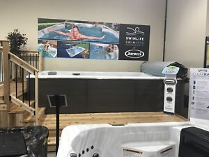 Aurora Jacuzzi Grand opening sale