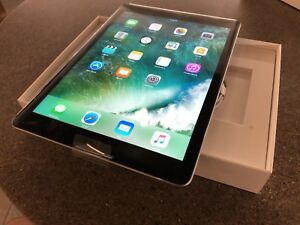 New iPad 5th Generation 32GB LTE Cellular AppleCare
