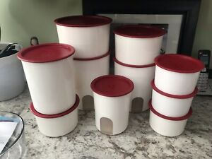 TUPPERWARE ONE TOUCH REMINDER CANISTER SET/RED