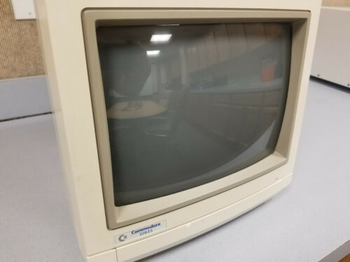 Commodore Standard Definition Monitor Model 1084S-D2 - Used