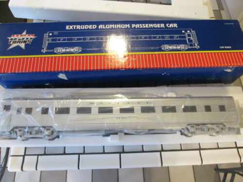 USA Trains SANTA FE Extruded Aluminium Coach Car # 2 with passengers G SCALE