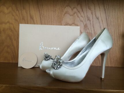 Kathryn borne Ivory wedding high heels size 38 NEW Brighton-le-sands Rockdale Area Preview