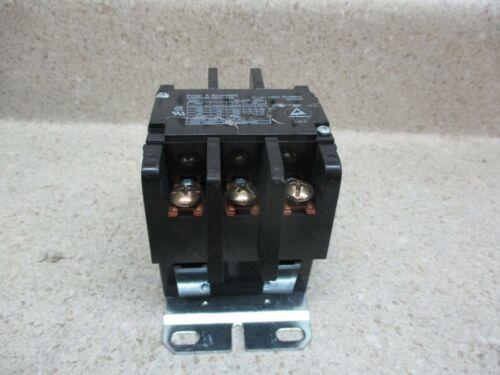 POTTER AND BRUMFIELD CONTACTOR P40C42A12D1-120  50/60HZ #4201001K USED