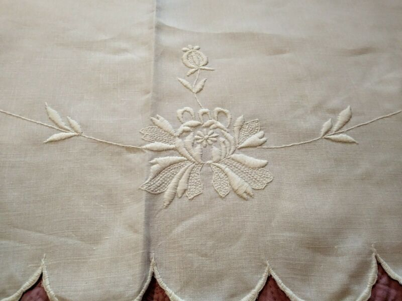 Gorgeous Hand Embroidered Irish White Linen Tablecloth 74 Inch Round