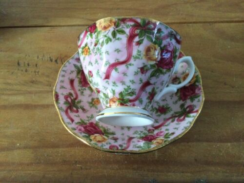 Royal Albert Old Country Roses Chintz Collection Ruby Celebration Pink Chintz