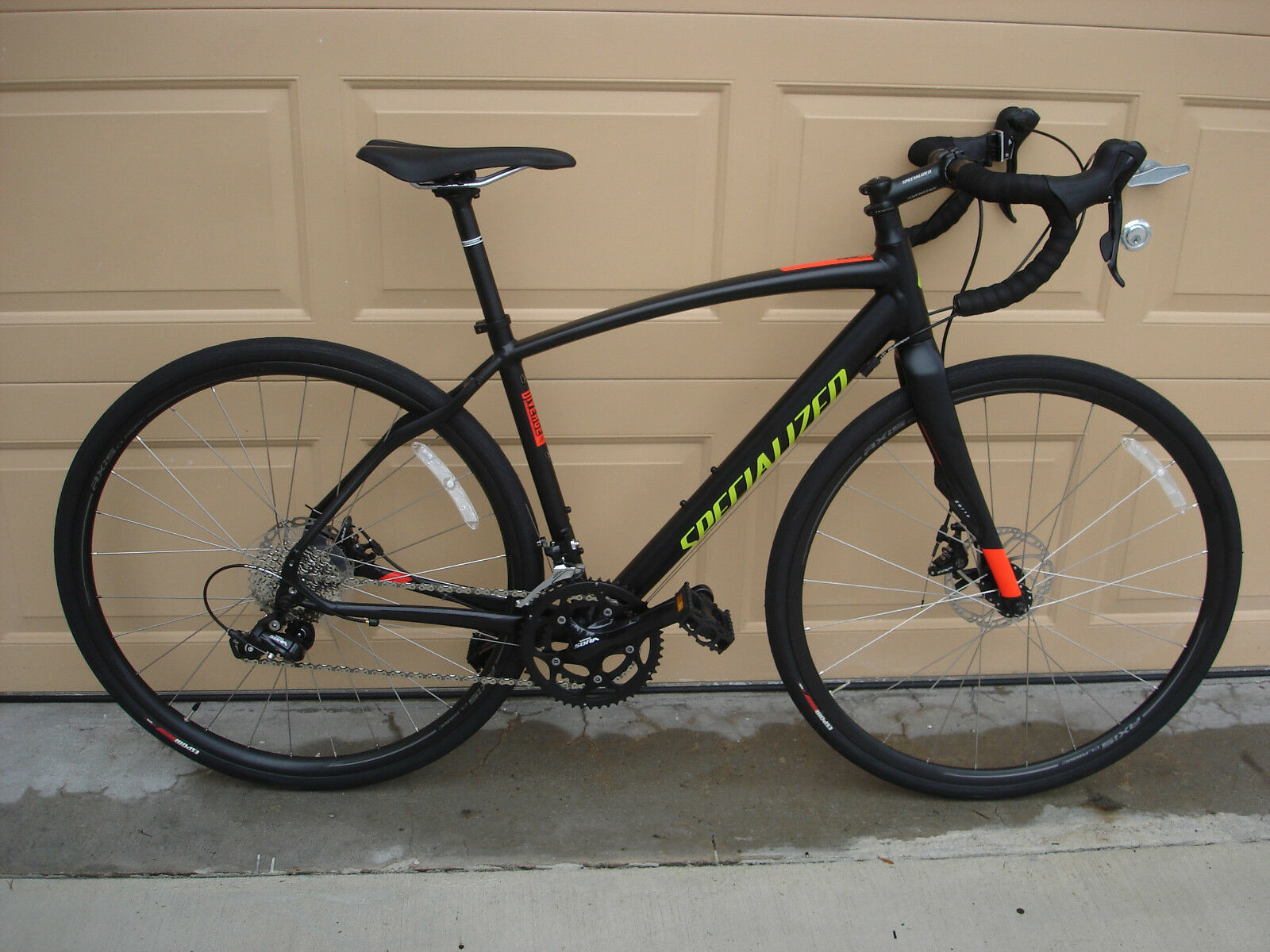 Изображение товара NEW 2016 Specialized Diverge SPORT Bicycle Size 54 (Medium) Retail $1,250