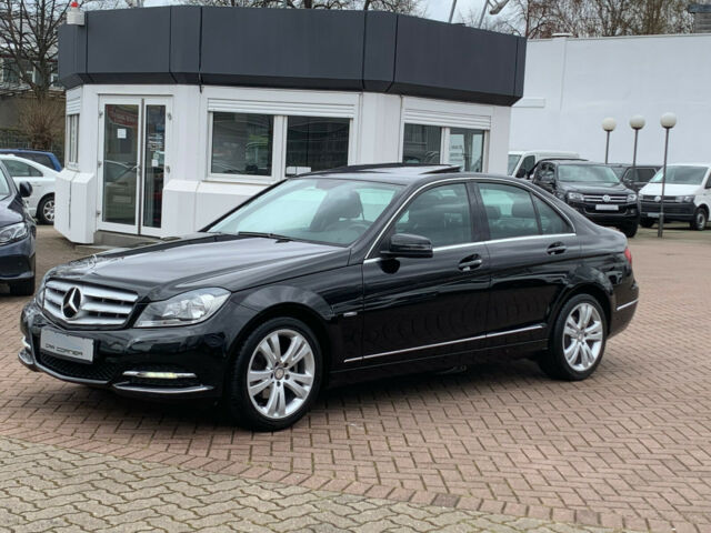 Mercedes-Benz C 180 CGI BE 7GT AVANTGARDE NAVI ESGD LEDER LED