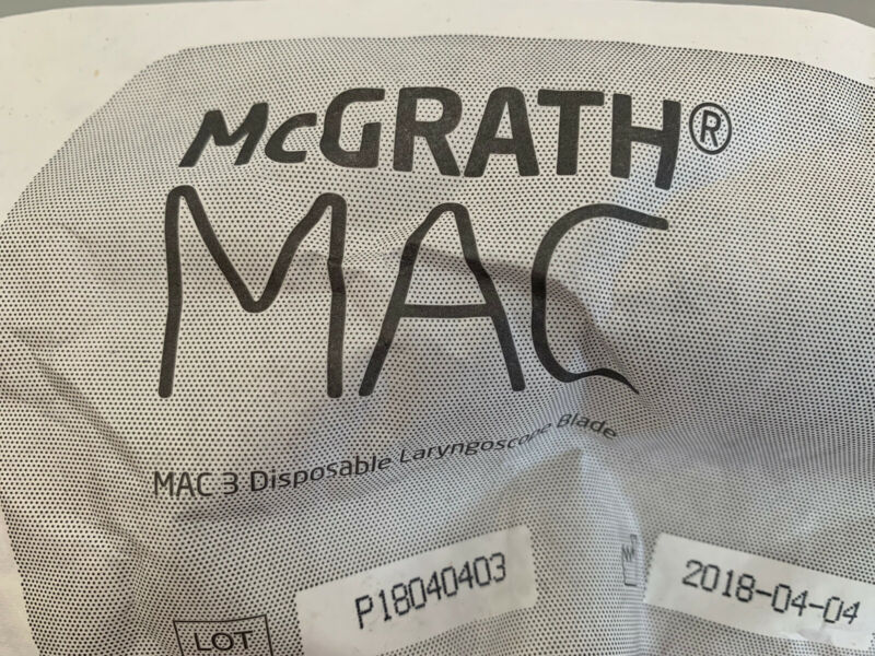 (NEW) McGrath MAC #3 Blade x 10