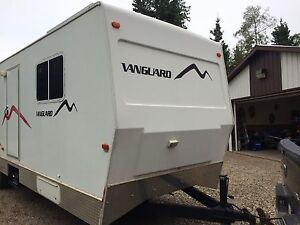 2007 32' Vanguard Bruiser consultants trailer for sale.