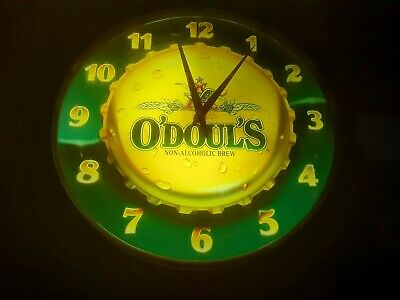 RARE VINTAGE O'Doul's Non Alcoholic Beer Light Up Clock Sign BAR MANCAVE *WORKS