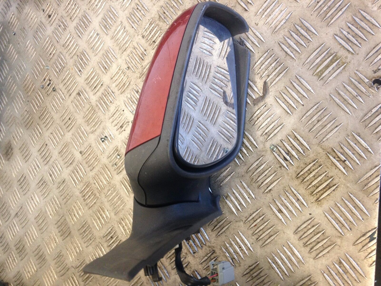 2007 MK2 1.6 PETROL AUTO 3DR FORD FOCUS DRIVERS WING MIRROR RED ELECTRIC