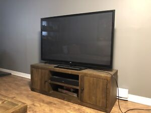 "60"" LG TV"