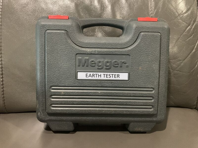 MEGGER DET24C.   Earth Clamp-on Tester. EXCELLENT CONDITION!!!!