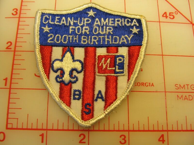 BSA Clean-up America For Our 200th Birthday collectible patch (r25)