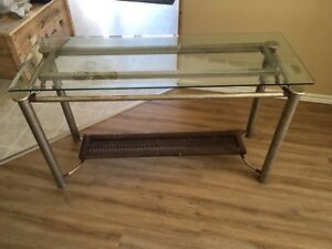 Glass entrance/side table