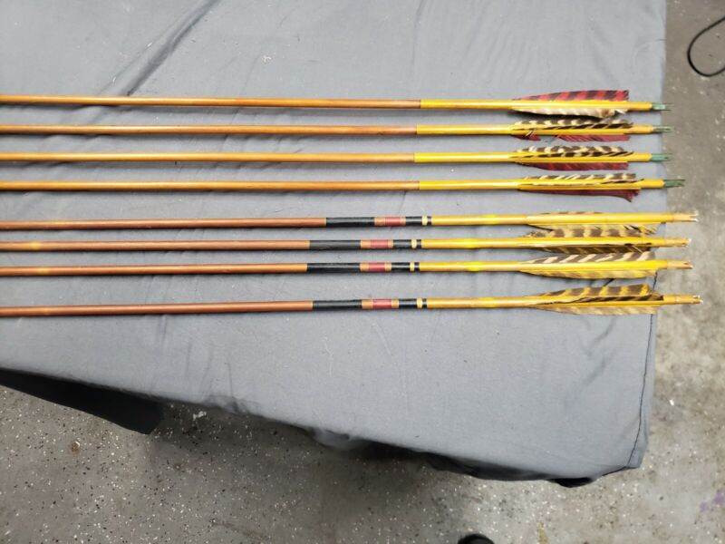 8 Vintage Arrows And Leather Case