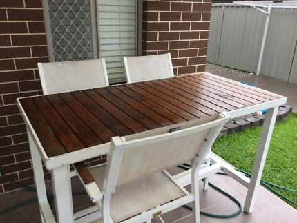 Awesome Outdoor Bar Table And Chairs Part 9